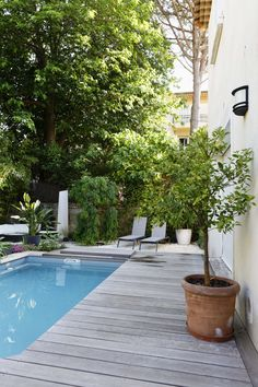 Les 25 meilleures id es de la cat gorie piscine aix en provence sur pinterest maison aix en - Les jardins de provence 77 ...