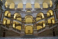 Out and About in Europe: Munich Monday--Justizpalast