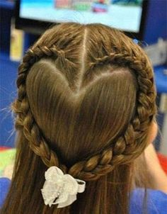 Romantic Hairstyles for This Valentine's Day!