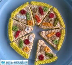 Very Easy Amigurumi Pizza ~ Zan Crochet