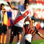 Campeonato de Primera División 2015: River venció a San Lorenzo en el Monumental y lo alcanzó en la tabla