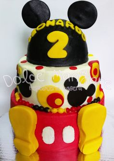 mickey mouse cake idea  https://instagram.com/dolcemangiare/ https://twitter.com/dolcemangiare