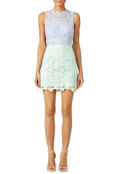 Color block lace Cynthia Rowley dress: http://www.stylemepretty.com/2016/04/17/what-to-wear-to-any-wedding-this-spring/: