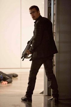Tobias in Erudite in Insurgent! Insurgent Movie, Divergent Insurgent Allegiant, Divergent Trilogy, Veronica Roth, Shailene Woodley, Theo James, Hunger Games, Tris And Four, Divergent Fandom