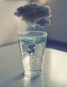 Spanish: una tormenta en un vaso de agua (a storm in a glass of water).- French: une tempete dans un verre d'eau.- English (american): a tempest in a teapot.- English (british): a storm in a teacup. Surrealism Photography, Art Photography, Surreal Art, Oeuvre D'art, Artsy, Cool Stuff, Pictures, Storms, Water Art
