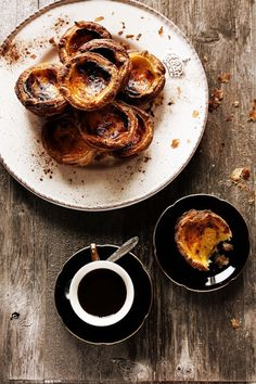 Pratos e Travessas: Pastéis de nata # Portuguese custard tarts