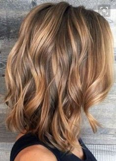 Balayage Hair Color Ideas in Brown to Caramel Tones ★ See more: lovehairstyles.Balayage Hair Color Ideas in Brown to Caramel Tones ★ See more: lovehairstyles. Medium Hair Styles, Short Hair Styles, Hair Medium, Hair Color And Cut, Hair Colour Ideas, Hair Color Balayage, Balayage Highlights, Balayage Blond, Brown Highlights