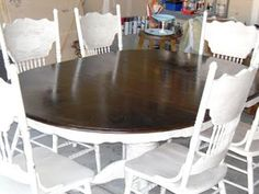 Re-stained and Painted White: Oak Pedestal Table And Chairs - Remodelaholic- my kitchen table is perfect this , just don't know about the white Oak Table And Chairs, Oak Dining Sets, Dining Table Makeover, Kitchen Table Makeover, Dinning Room Tables, Dining Table Chairs, White Chairs, Round Dining, Painted Oak Table