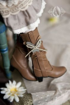 1/4 Brown Butterfly Boots - Angell Studio