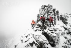 Martin Moran guiding Steve Ward and Gordon Speir on the Liathach Traverse, 30 Dec '13, 172 kb