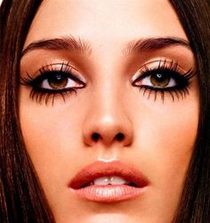 great lashes!
