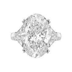 Betteridge 11.31 Carat Oval-Cut Diamond Ring