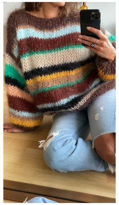 Chunky Knit Jumper, Hand Knitted Sweaters, Mohair Sweater, Oversized Jumper, Knitting Sweaters, Jumper Knitting Pattern, Baby Pullover, Knit Fashion, Mode Inspiration