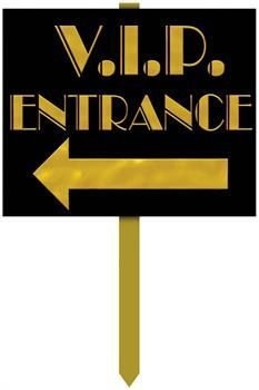 Top off your Hollywood party with this VIP Entrance Yard Sign. Allow it to guide your guests to your Hollywood theme party. Oscar Party, Disco Party, Soirée Des Oscars, Deco Cinema, Cinema Party, Hollywood Birthday Parties, Red Carpet Party, Party Fiesta, Yard Party