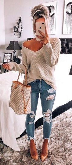 e34482a7615 How to wear fall fashion outfits with casual style trends. Stephanie  Gutknecht · day off dress