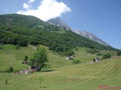 Piani di Nava (Pasturo - Valsassina) by Casa Irena http://casaperledo.xoom.it/  #Valsassina #Italia #Italy #holiday #Travel #Mountains #Montagne