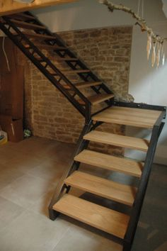 Inventive Staircase Design Tips for the Home – Voyage Afield Small Staircase, House Staircase, Loft Stairs, Modern Staircase, Staircase Design, Green Facade, Building Stairs, Steel Stairs, Stair Storage