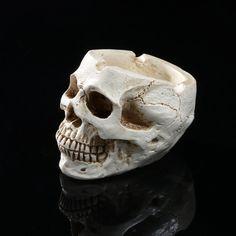 Ashtray skull personalized home decoration Ornament Crafts, Halloween Decorations, Retro Vintage, Shapes, Trays, Skulls, Tech, Magic, Fantasy
