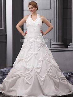 Sans manches robe de mariée de grande taille en satin ornée de ...