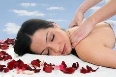 Uma massagem diferenciada para uma mulher especial . Atendemos em nossos endereços ou a domicilio