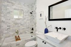 A small bathtub is absolutely the right bathtub to use in a small bathroom since something small is definitely what suits a small room. A small bathtub can be used in the same area with a shower in the bathroom so the user can soak themselves in the White Marble Bathrooms, Modern Small Bathrooms, Guest Bathrooms, Beautiful Bathrooms, Modern Bathroom, Master Bathroom, Farmhouse Bathrooms, Bathroom Grey, Funny Bathroom