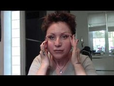 STOP alle OCCHIAIE   BORSE   Automassaggio miracoloso effetto LIfting Botulino 1 - YouTube