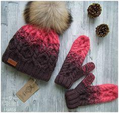 В наличии шапка и варежки , цена 2800, р54-59 #ручнаяработа #вналичии #вяжуназаказ #ручками #шапка #likeforlike #likeforlike #follow4follow #knitting #instagramhub #moscow #likeforlike
