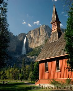 God's country - A small chapel in Yosemite NP, California