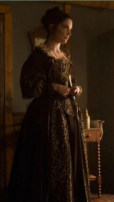Mary Sibley, Salem Season 3, ensemble designed by Porro, bodice made by Period Corsets