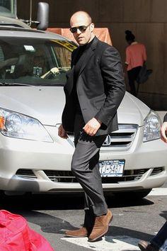 Jason Statham Photos: Jason Statham Strolls Around NYC