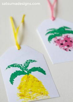 diy summer fruit sponge paint gift tags | kids crafts | sponge art | gift wrapping | easy diy | pineapple gift tag | strawberry gift tag | diy gift tags