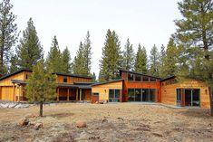 Studio 101 Designs - home - based in san rafael ca Prefab Homes, Modular Homes, Cabins In The Woods, My Dream Home, Custom Homes, My House, New Homes, House Design, Studio