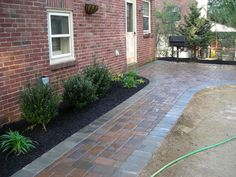 Exterior How To Install Walkway Pavers Walkway Designs With Pavers Curved Walkway Pavers Walkway Pavers for Versatile Garden View Landscape Pavers, Landscaping Retaining Walls, Front Yard Landscaping, Landscape Design, Landscaping Ideas, Brick Walkway, Concrete Walkway, Brick Patios, Front Walkway
