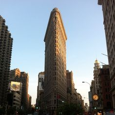 Flatiron Building in New York, NY
