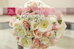 Amazing romantic bouquet