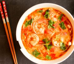 This Thai Tom Yum Soup with Shrimps is totally addictive!!! It's a perfect weekday meal, it can be done in under 20 minutes.