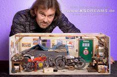 "Racing Scale Models: Diorama - ""Backyard Garage"" by Dirk Patschkowski Lowrider Model Cars, Diecast Model Cars, Woodworking Tool Set, Models Men, Mini Car, Mechanic Shop, Vitrine Miniature, Custom Hot Wheels, Plastic Model Cars"