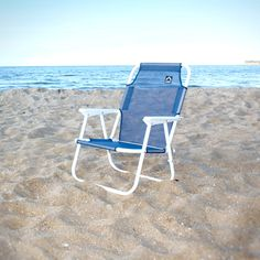 Beach Chair http://www.lifeliveitup.com.au/beach-stuff/