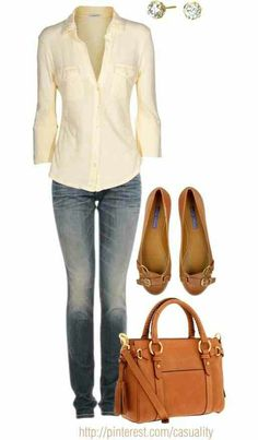 Definitely a casual outfit for when I want to look good while running errands. I'm finding myself like the color mustard more and more, so these shoes look great to me.