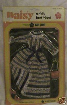 A site about collecting Mary Quant Daisy doll, a british teenage/fashion doll from the 1970 s, also about Mary Quant s Daisy longlegs doll, the larger version of the 9 inch fashion doll. Barbie, Mary Quant, Fashion Dolls, Dawn, Cool Girl, Pop, Dress, Outfits, Popular
