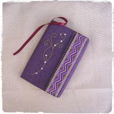 Protège-livre grand format violet fait main en tissu : Autres sacs par marissia VENDU - SOLD