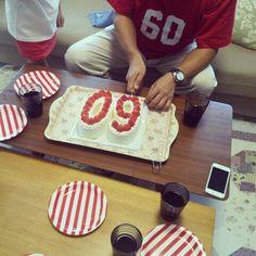 還暦祝い 、赤いナンバーT、数字ケーキ