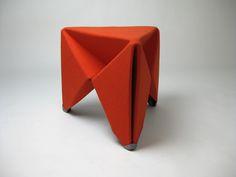folding felt stool b