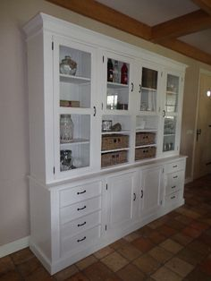 Most of you have probably heard of the popular and trendy decoration Shabby Chic style before. In this article, we will explain this trend style in detail for both those who have heard it and those who have heard it for the first time. Shabby Chic Kitchen, Shabby Chic Style, Shabby Chic Decor, Glass Cabinet Doors, China Cabinet, Kitchen Display, Kitchen On A Budget, Kitchen Design, Sweet Home