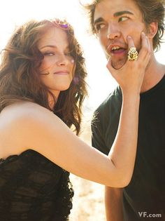 Kristen Stewart & Rob Pattinson. This one is just too cute!