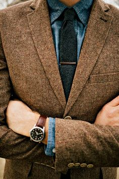 So much love for the tweed. I really need a classic history professor jacket. Patches and all. I already have the pipe.... men's fashion and style.