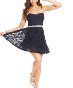 Taylor's homecoming dance dress its navy blue with a silver belt