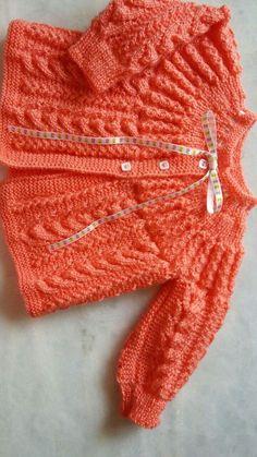 Baby Knitting Patterns Free Newborn, Knitting Baby Girl, Baby Cardigan Knitting Pattern Free, Beginner Knitting Patterns, Baby Sweater Patterns, Baby Patterns, Knitted Baby Outfits, Crochet Baby Sweaters, Baby Sewing Projects