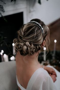 This all-female Yorkshire-based group of wedding suppliers created a winter wedding styled shoot with plenty of sparkle to inspire 2021 couples. Click the link to view the full photoshoot! Bridal Hairstyles, Pretty Hairstyles, Bridal Hair Accessories, Wedding Shoot, Yorkshire, Curls, Floral Design, Sparkle, Inspire