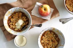 Satisfy Your Sweet Tooth With These Healthy Snack Ideas: Healthy Apple Crisp